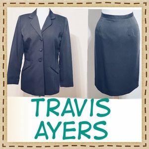 Travis Ayers